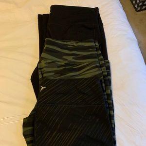 Lot of three pairs of old navy leggings
